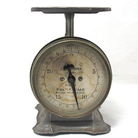 vintage kitchen scale by foundvintageobjects on Etsy