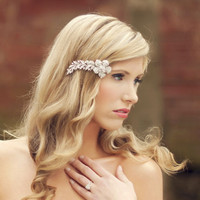 SHOOTING STAR Floral Rhinestone Bridal Clip