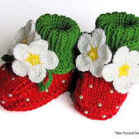 Baby booties Red Strawberry / size 4-6 M
