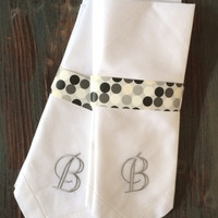 Set of 4 Vogue Monogrammed Embroidered Cloth Napkins- Dinner / Cotton / Poly / hostess gift / wedding / personalized / formal napkins