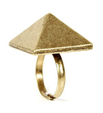 Antique Gold Pyramid Ring