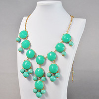 Bubble Necklace, Lake Blue Necklace.. on Luulla