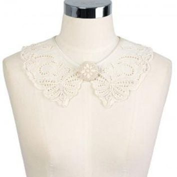 Vintage Style Butterfly Cut Out Collar with Brooch Center