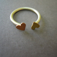 Hearts Ring on Luulla