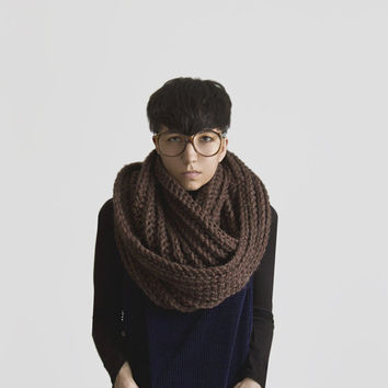 The Hoonah Cowl in Walnut Shell