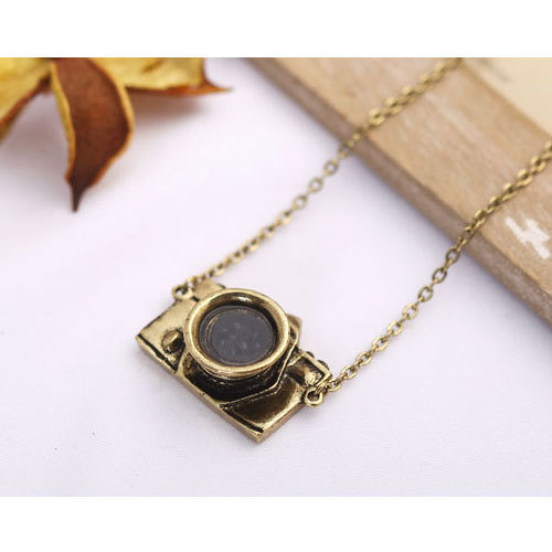 Women Fashion Necklace Vintage Camera Charm 23.6