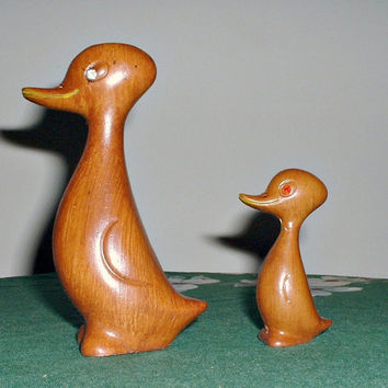 Vintage Duck Figurines Duckling Rhinestone Eyes  Mother and Baby Faux Wood