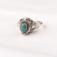Poison ring with Turquoise.