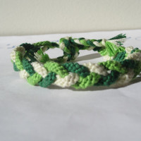 Braided Friendship Bracelet - Triple Twist in Green
