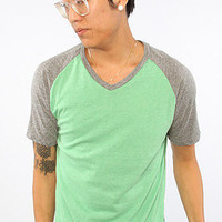 Hondo V Neck Raglan Tee (Made in the USA) in Kelly Heather