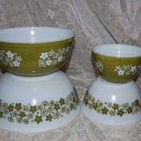 Four Piece Set of Vintage Nesting Spring by AGlimpseFromthePast