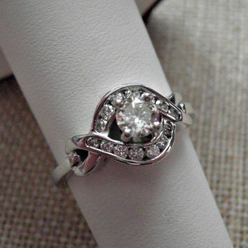 14k Solid White Gold Diamond Ring 3/4 ctw 4.8 grams Size 7.5