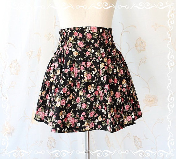 Me And My Skirt - Cutie Simply 17 Inches MINI SKIRT Black Color Playful Floral Print Elastic Waist XS-S