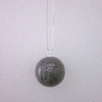 Cooee Design Ping Pong Necklace - dark grey | eco bohemia
