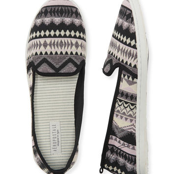 Aeropostale  Geo Print Slip-On Shoe - Black,
