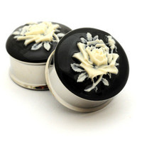 Flower Cameo Resin Plugs gauges - 1 inch only STYLE 2