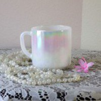 Iridescent tea mug