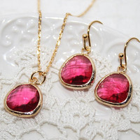 Ruby Red crystal Necklace and Earrings Set, Bridesmaids favors, Bridesmaids Jewelry, Ruby Red bezel set Gold filled -Bridal Wedding Jewelry