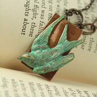 Vintage Tooled Artisan Copper &quot;Swooping Flight&quot; Patina Bird Necklace