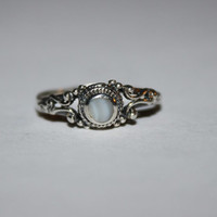 Size 4.5 Heirloom Tiny Mother of Pearl Ring Vintage Sterling Silver Ring Free US Shipping