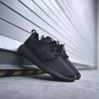 NIKE WMNS Roshe One - Black / Anthracite - Email Orders