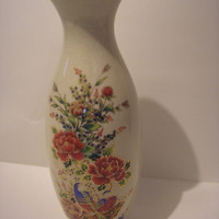 1950s circa. Ceramic Vase - Japan Mark: Bijutsu Toki - Satsuma looking crackled glaze