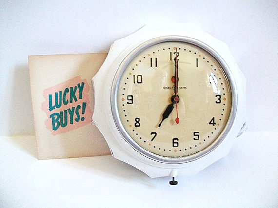 Vintage Clock Wall General Electric Telechron by ZenfulGoods