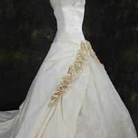 Spaghetti straps Cathedral Train taffeta Wedding Dress with flower