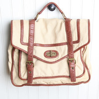 restless heart messenger bag in khaki - $48.99 : ShopRuche.com, Vintage Inspired Clothing, Affordable Clothes, Eco friendly Fashion