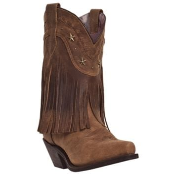 The Hang Low boot is a high quality Dingo boot.