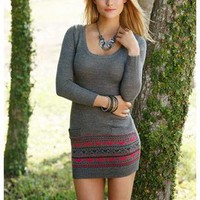 BORDER PRINT SWEATER DRESS