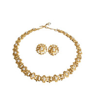 Vintage Crown Trifari Jewelry Set Matching Necklace Choker Length and Earrings Gold Tone and Pearls - Fleur de Lis Design