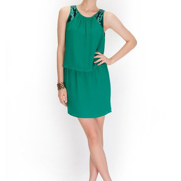 Shine On My Shoulder Dress in Emerald