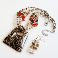 Layered Brown Orange Acrylic Trapezoid Pendant Necklace Set