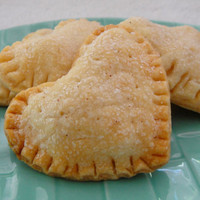 Little Heart Pie Bites  Heart Shaped Pies 12 by OldTimeFavorites