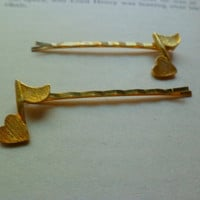 Heart note bobby pins