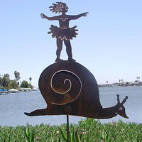 FaFa Moon Metal Garden Sculpture - Wind and Weather