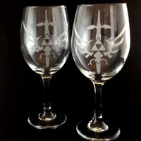 Hyrulean Crest with Mastersword Legend of Zelda Etched Wine Glass Goblet Set of 2