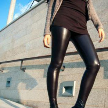 Rock chick alert. These sexy wet look tights give you instant street cred. 80% Nylon, 20% Spandex. Choose between a few different shades:) if you are a lover of water shades check out the blue and green wet look hues. Elvis Sweater is available to order at lindsayclewisirah.gq Top quality 4-way stretch leggings - so easy to incorporate into your wardrobe.