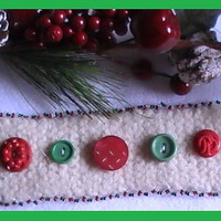 Holiday Felted Buffalo Wool Bakelite Button Cuff Bracelet Christmas White Red Green