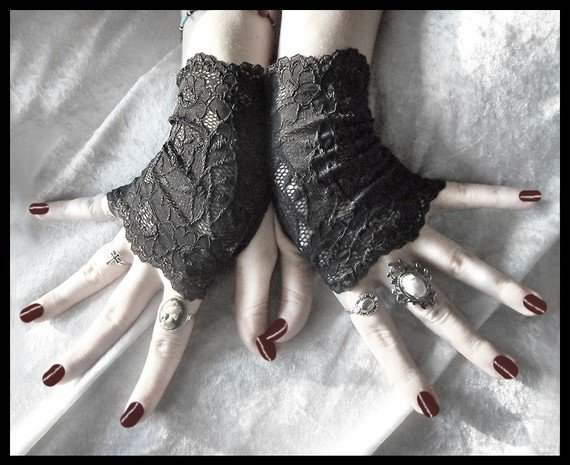 Elspeth Lace Fingerless Glove Mittens Black by ZenAndCoffee