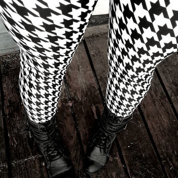 Black and white Houndstooth Leggings pants lycra