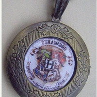 Harry Potter Hogwarts Emblem LOCKET necklace-----SALE