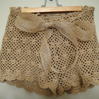 DIY: Crochet Shorts |