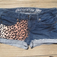 LOW WAIST FIT cheetah print shorts