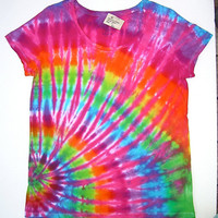 Tie Dye Shirt/ Women&#x27;s XL Scoop Neck/ Pink Rainbow Offset Spiral