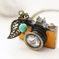 Be a Photographer. Vintage Mustard Camera Necklace (VNL-46)