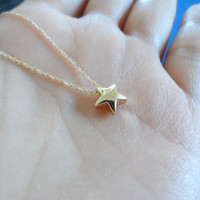 plump lovely tiny star goldfilled necklace