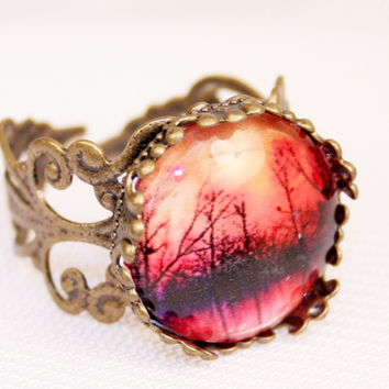 Into The Mystic Glass Ring