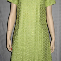 Vintage 1960s Sheath Dress Lime Green Asian Inspired Neckline Knee Length M Bust 35